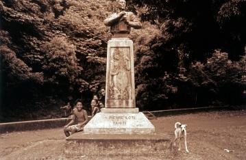 Pierre_Loti_monument_outside_Papeete_Tahiti