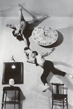 Cocteau LIFE with clock