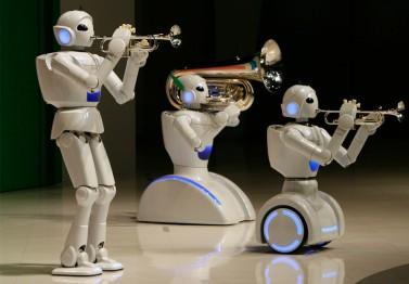 robots trumpets