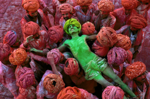 The Iconic Photographs by Steve McCurry (Phaidon reprint edition, 2012; first published by Art and Architecture, 2011)