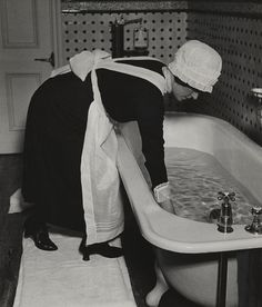 English servant, washing in tub