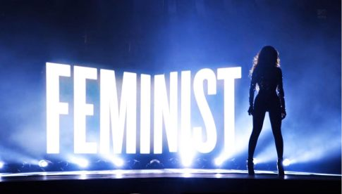 Beyoncé with FEMINIST sign, MTV Video Music Awards (VMAs), August 24, 2014, photo by Michael Buchner