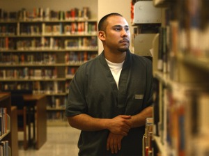 Photo in prison library by RJ Sangosti, The Denver Post